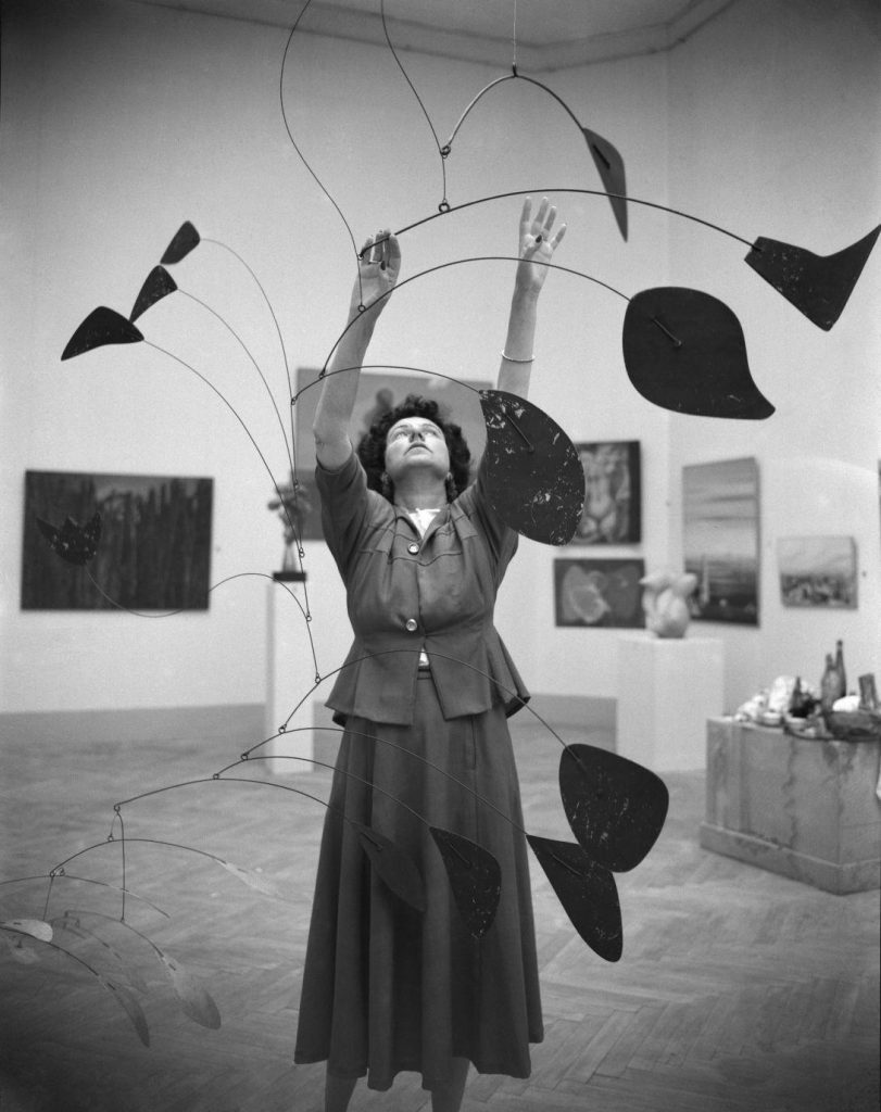 "foto: expozitia ""Peggy Guggenheim in Photographs"" Ikona Gallery, Venice; https://i-d.vice.com/en_gb/article/celebrating-pioneering-art-collector-peggy-guggenheim"