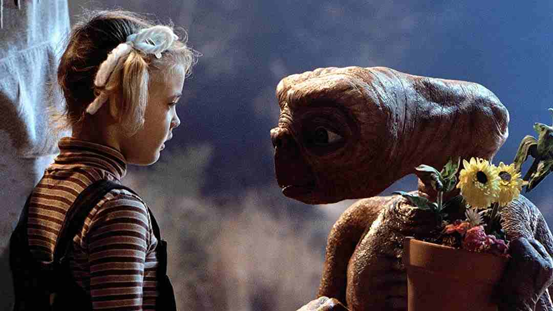 E.T. extraterestrul filme pentru copii_